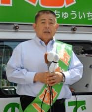 金井氏は長野駅前で南信への第2県庁の設置などを訴えた