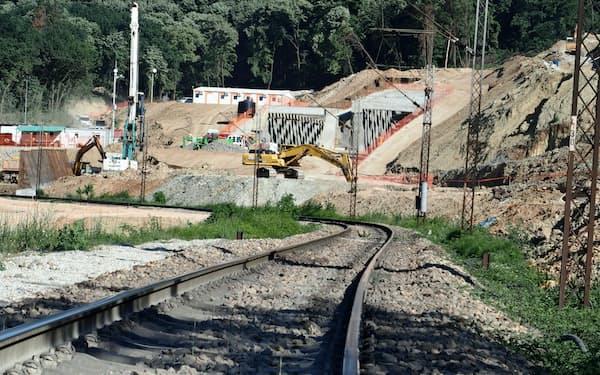 ベオグラード―ブダペスト高速鉄道の建設は当初計画より遅れている(セルビア)