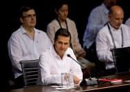 太平洋同盟の首脳会議で発言するメキシコのペニャニエト大統領(24日、メキシコ・プエルトバジャルタ)=ロイター
