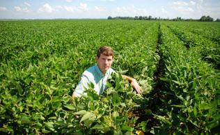 農家のディースさんは「貿易戦争を受けて政府支援は必要だが、過剰な保護は農業の競争力を落とす」と話す(ミシシッピ州リーランド)
