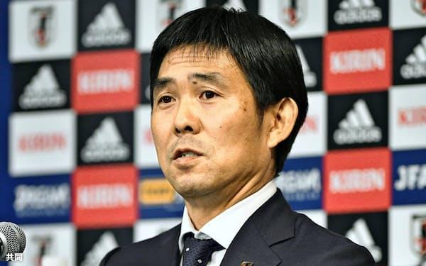 サッカー日本代表監督への就任が決まり、記者会見する森保一氏=共同