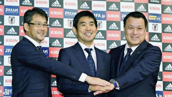 サッカー日本代表、総力挙げて世代交代を