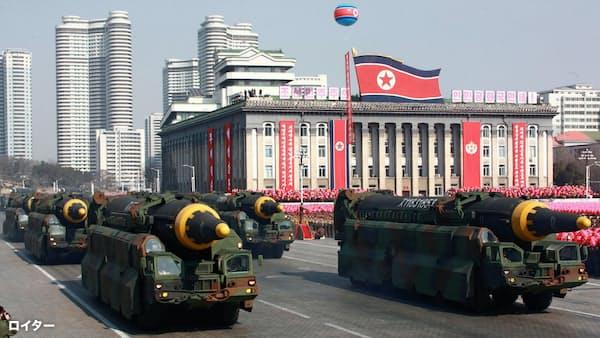 「米朝核軍縮交渉」謀る金正恩氏、軍拡の怪