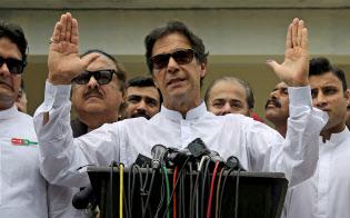パキスタン総選挙で勝利したイムラン・カーン氏=ロイター