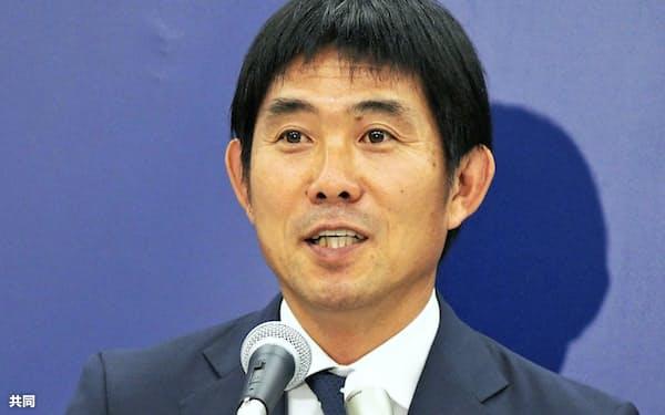 アジア大会の男子代表を発表する森保監督(3日、東京都文京区)=共同