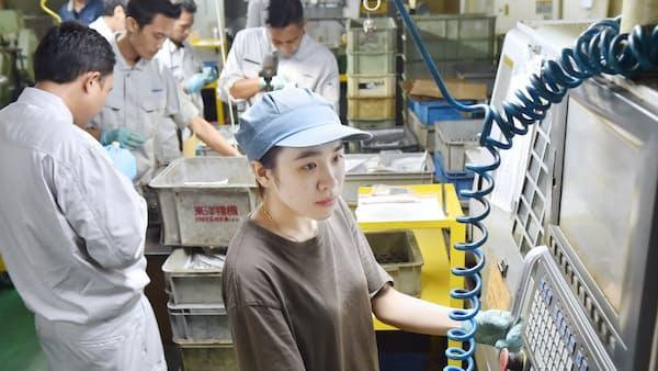外国人労働者、共生のヒント 寮で育む異文化理解