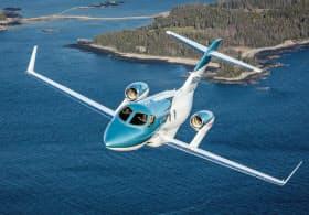 従来機より航続距離を17%高めた「ホンダジェット エリート」