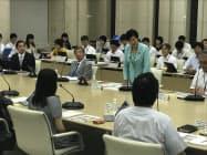 有識者招き都政改革を議論(9日、都庁)