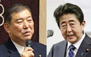 安倍首相(右)と石破自民党元幹事長(共同)