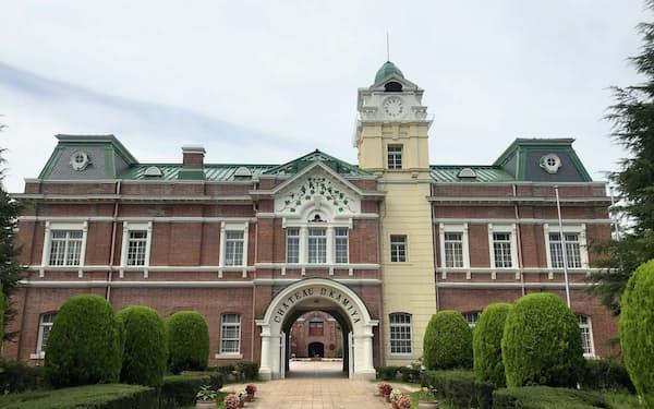 実業家の神谷伝兵衛が1903年(明治36年)に開設した日本初の本格的ワイン醸造場「牛久シャトー」(茨城県牛久市)