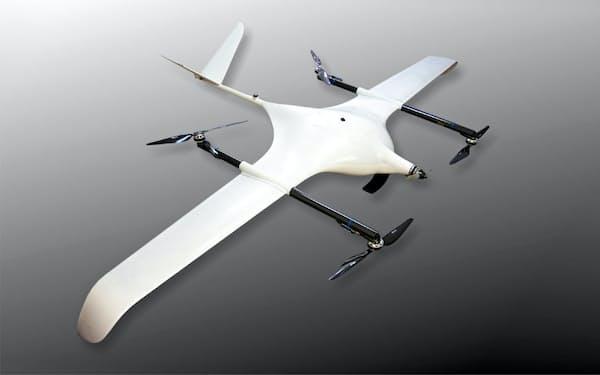 滑走路がなくても離着陸でき、固定翼にきりかえて航続距離をのばせる