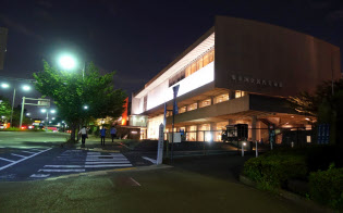 東京国立近代美術館は金曜日と土曜日限定で20時まで営業している