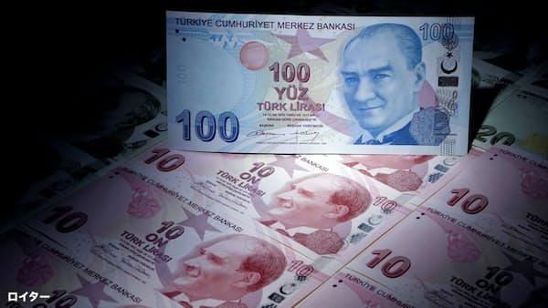 トルコ中銀が大幅利上げ、政策金利24%に