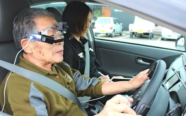 運転能力をAIで評価するシステムを搭載した教習車(宮崎市の南九州自動車教習所)