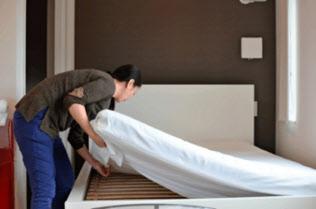 SQUEEZEは清掃などの民泊施設の運営を代行する