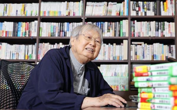 作家の宗田理さん(90)