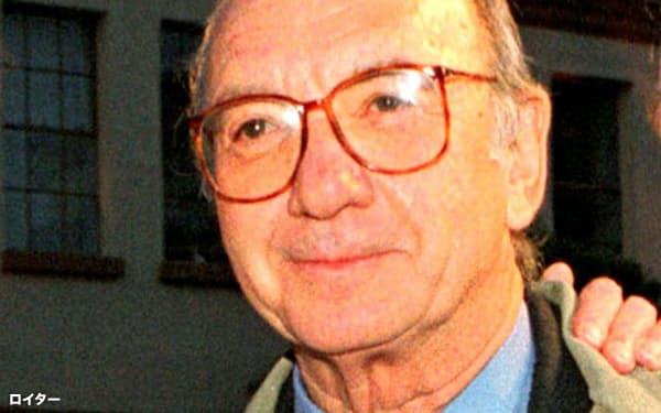 ニール・サイモンさん(1998年、米ハリウッド)=ロイター