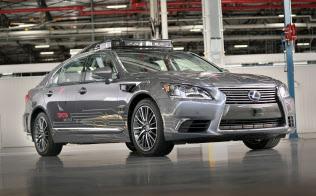 トヨタは米国や日本で自動運転の実証実験を続けている(写真は米国の車両)