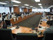 海賊版対策に関する有識者会議の様子(30日、東京都千代田区)