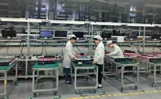 中国・貴州省の鴻海グループのサーバー工場