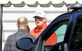 3日、トランプ米大統領は経済政策が米国の労働者に恩恵をもたらしているとアピールした(ワシントン)=ロイター