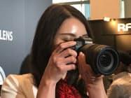 キヤノンのフルサイズセンサーを搭載したミラーレスカメラ