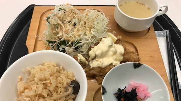 人気の国会ランチ、食べてみた(写真でみる永田町)