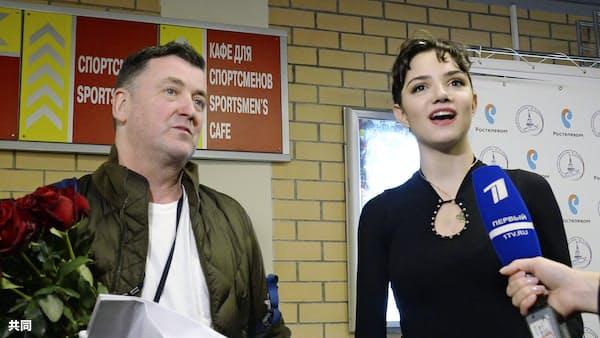 ザギトワとメドベージェワ、今季のフリー演技披露