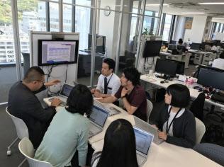 ファインデックスは新卒の通年採用を始める(松山市内のオフィス)