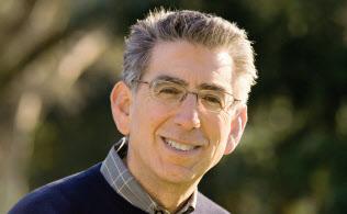2009~11年に米議会が設置した金融危機調査委員会のアンヘリデス委員長