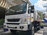 輸入販売してきたトラックの生産をタイに設ける工場に移す(11日、バンコク)