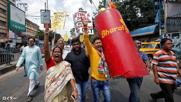 インド通貨が最安値圏 原油高も重荷、高まる政権批判