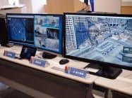 自動運転用運行管制システムと遠隔監視システムの画面