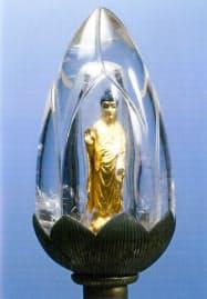 水晶宝龕入り木造阿弥陀如来立像=醍醐寺提供・共同