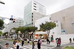 繁華街の栄地区では再開発の期待が地価を押し上げている(名古屋市中区)
