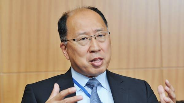 スルガ銀問題は「自己反省」、金融庁・遠藤長官に聞く