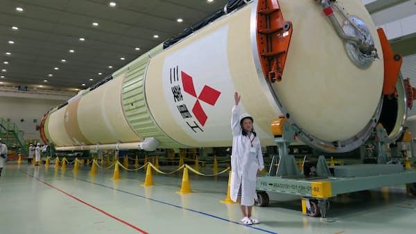 H2Aロケット40号機を公開、UAEの衛星など打ち上げへ
