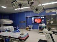 大型ディスプレーに手術機器から集約した情報を表示する