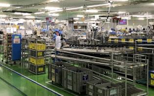 村上開明堂は工場の集約で生産性を高めた