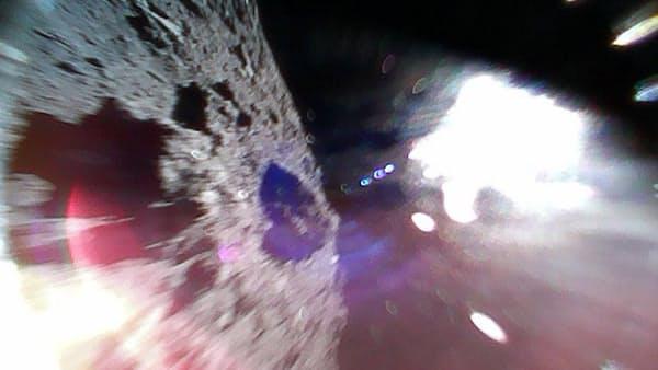 はやぶさ2の探査ロボ、小惑星「りゅうぐう」に着陸