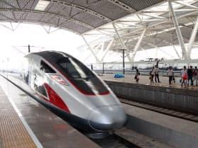 香港から中国本土に行きやすくなる(23日に全線開業した広深港高速鉄道)