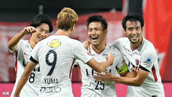 J1鹿島が快勝、4位浮上 浦和も神戸に完勝