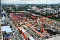 ヨマはインフラや都市開発で建機の需要が拡大するとみる(ヤンゴン市内の建設現場)