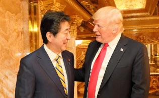 トランプタワーで夕食会に臨んだ日米首脳