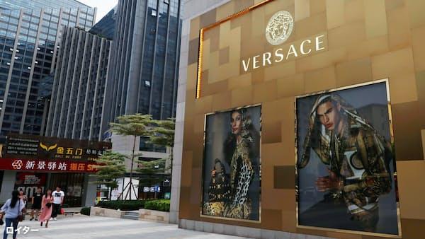 伊「ヴェルサーチ」、米企業に20億ドルで売却報道