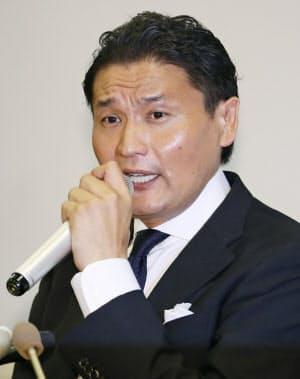 日本相撲協会に「退職届」を提出し記者会見する貴乃花親方(9月25日、東京都港区)