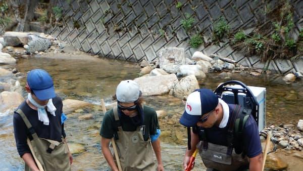 ウナギ養殖「継続こそ大事」 岡山のエーゼロ 稚魚放流し追跡調査