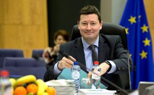 英国のEU離脱の対応策をまとめる欧州委員会のマルティン・ゼルマイヤー事務総長=AP