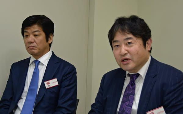 フロンティア・マネジメントは大西正一郎氏(右)と松岡真宏氏(左)が代表取締役として2人でトップを担う(28日、東証)