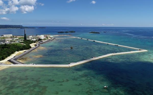 普天間基地の移設予定先の辺野古キャンプ・シュワブ沖(9月22日、沖縄県名護市)
